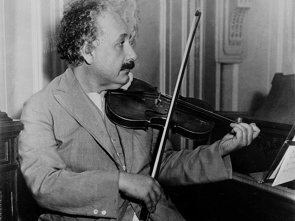 """La logica ti porta da A a B. L'immaginazione ti porta ovunque"" Albert Einstein"
