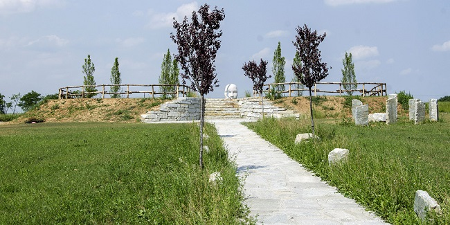 Anfiteatro dell'Anima_pietre ed erba 650