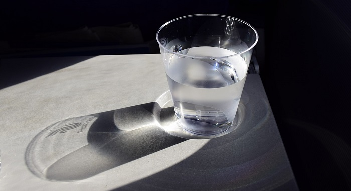 stress_bicchiere d'acqua_700