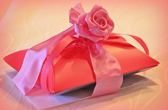 Generosità_pacchetto