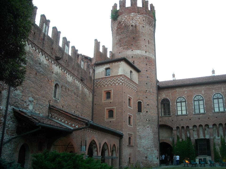 8 settembre 2018 - Castello Malgrà di Rivarolo Canavese_corte interna
