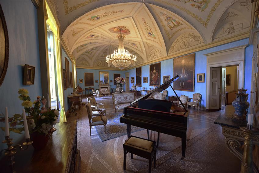 Salone della Musica - Castello di Roppolo